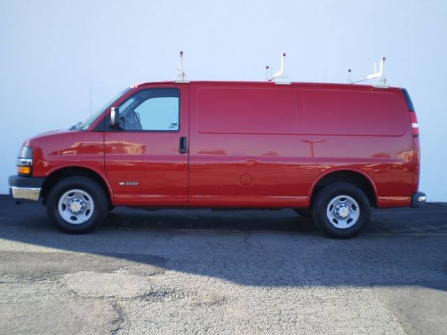 Work Vans For Sale >> Buy Work Vans Buy Chevrolet Cargo Work Vans For Sale